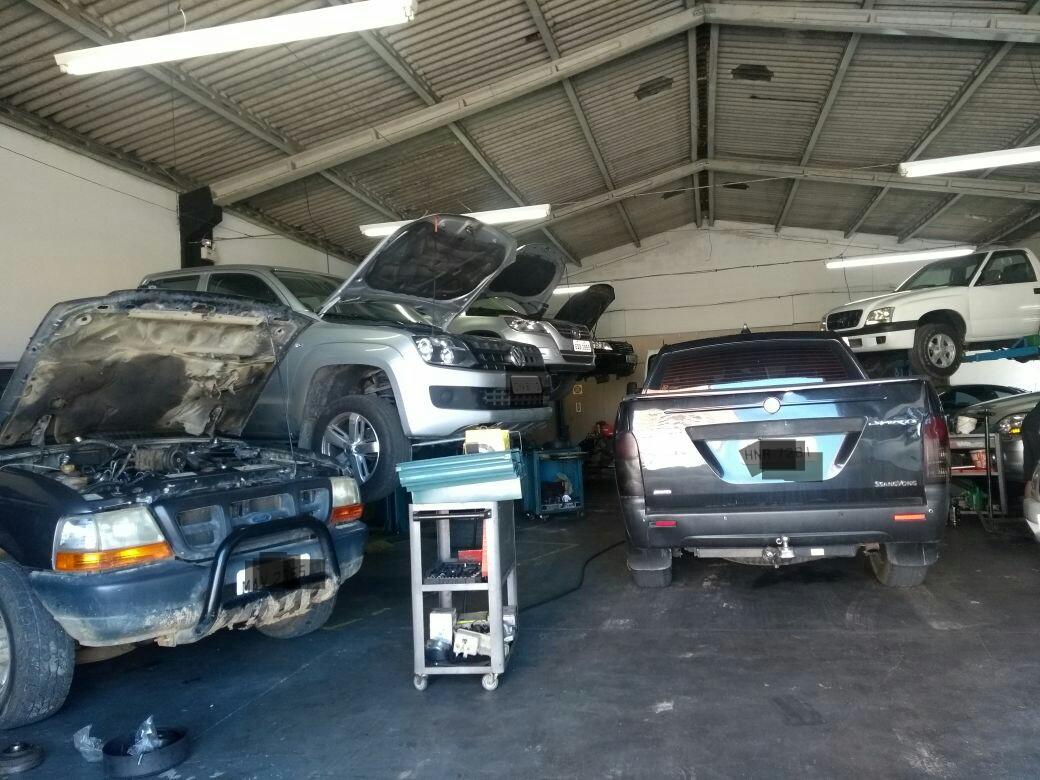 Mecânica Speed Car  - Oficina Mecânica -  Diesel e Gasolina - Motor - Caixa de câmbio - Suspensão - Freios - Ar Condicionado - Itapema-SC - (47) 3248-5950